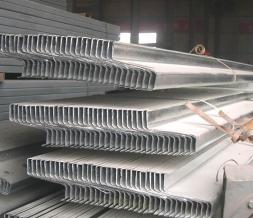 重庆Z型钢钢结构